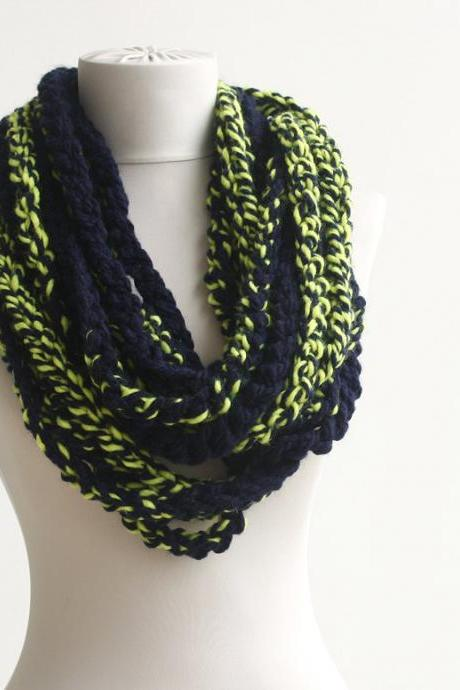 Bulky scarf Navy blue Yellow mix infinity chain scarf crochet circle scarf neckwarmer in two colors College colors rugby football teams