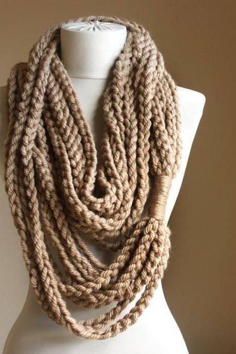 Beige crochet scarf Infinity chain scarf Oatmeal winter fashion Autumn fall accessories Women accessories Unique gift for her Chunky Wool